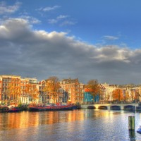 Fall sun on the Amstel houses