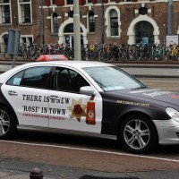 Supplemental income scheme for Mercedes taxi at the Waterlooplein