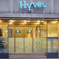Swarming corporate offices of the Netherland's version of Facebook, Hyves.
