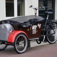 Yet another type of transport bike - vintage car style