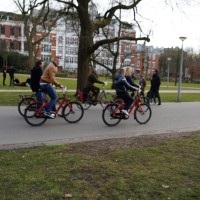 Mac-bikers. Tourist on MacBike rental bikes in Vondel park