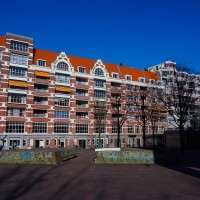 An apartment building on the Waterlooplein