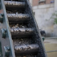 Heavily greased gears of the Scharrelbierbrug at Entrepotdok